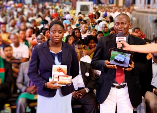 dr-akhiwu-benjamin-and-wife-emmanuel-t-v-partner-reaps-gods-favour1--333