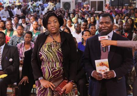 El pastor George y su esposa