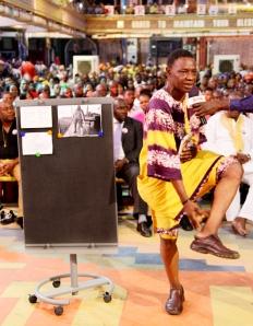 El Sr. Alfred Osunsanya
