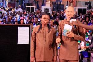Señor y señora Pius Okoh